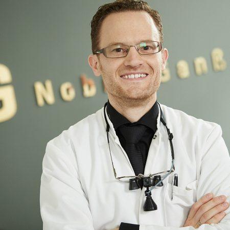 Dr. Klaus Nobis
